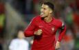 Neville: 'Man Utd cần bù trừ cho Ronaldo'